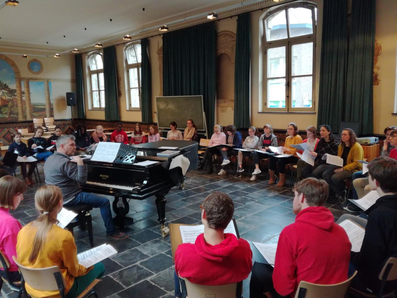 Collegeorkest & schoolkoor